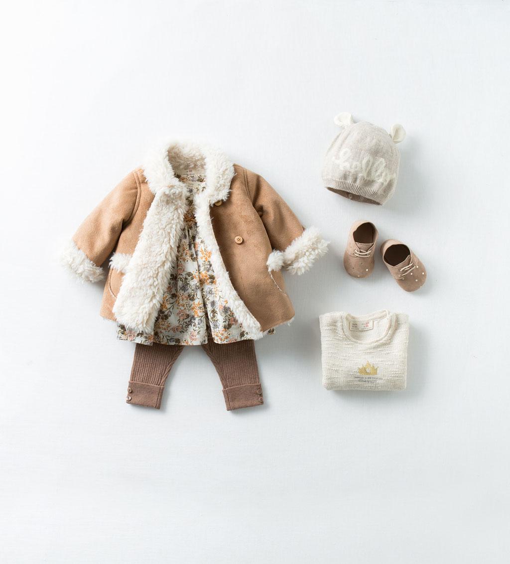 Catálogo bebé Zara - Abrigo de oveja