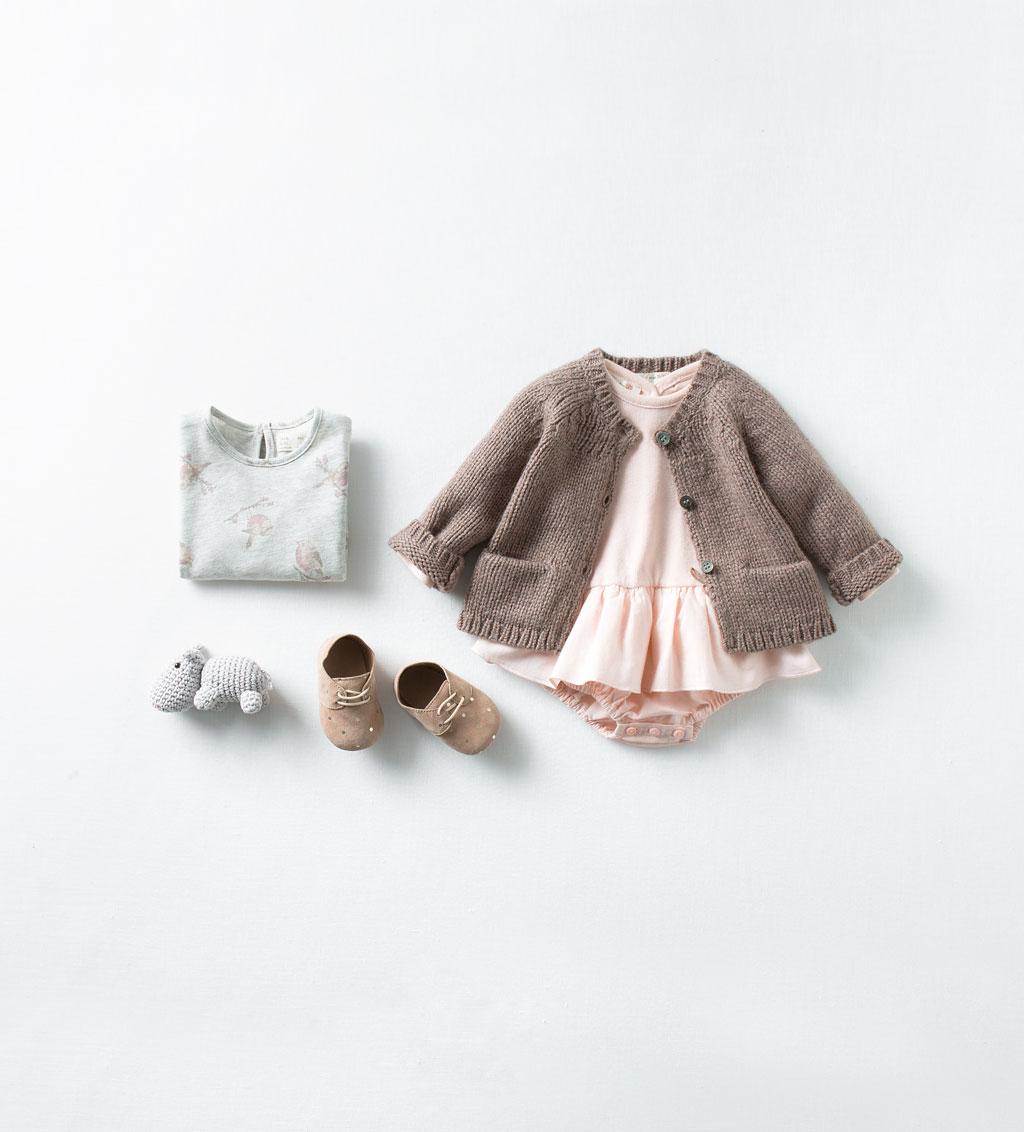 Catálogo bebé Zara - Vestidito rosa