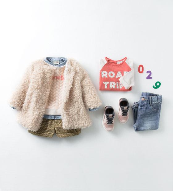Catálogo de niña Zara - Abriguito rosa