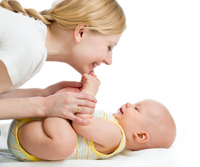 Masajes para bebés; demuéstrale que le quieres
